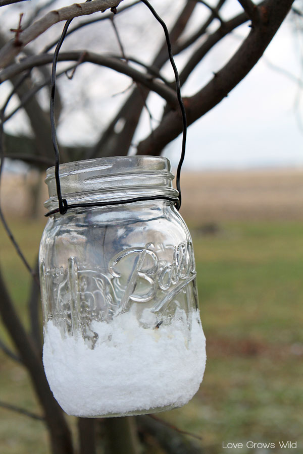 Snow-Covered Mason Jar Lanterns are perfect for the holidays!