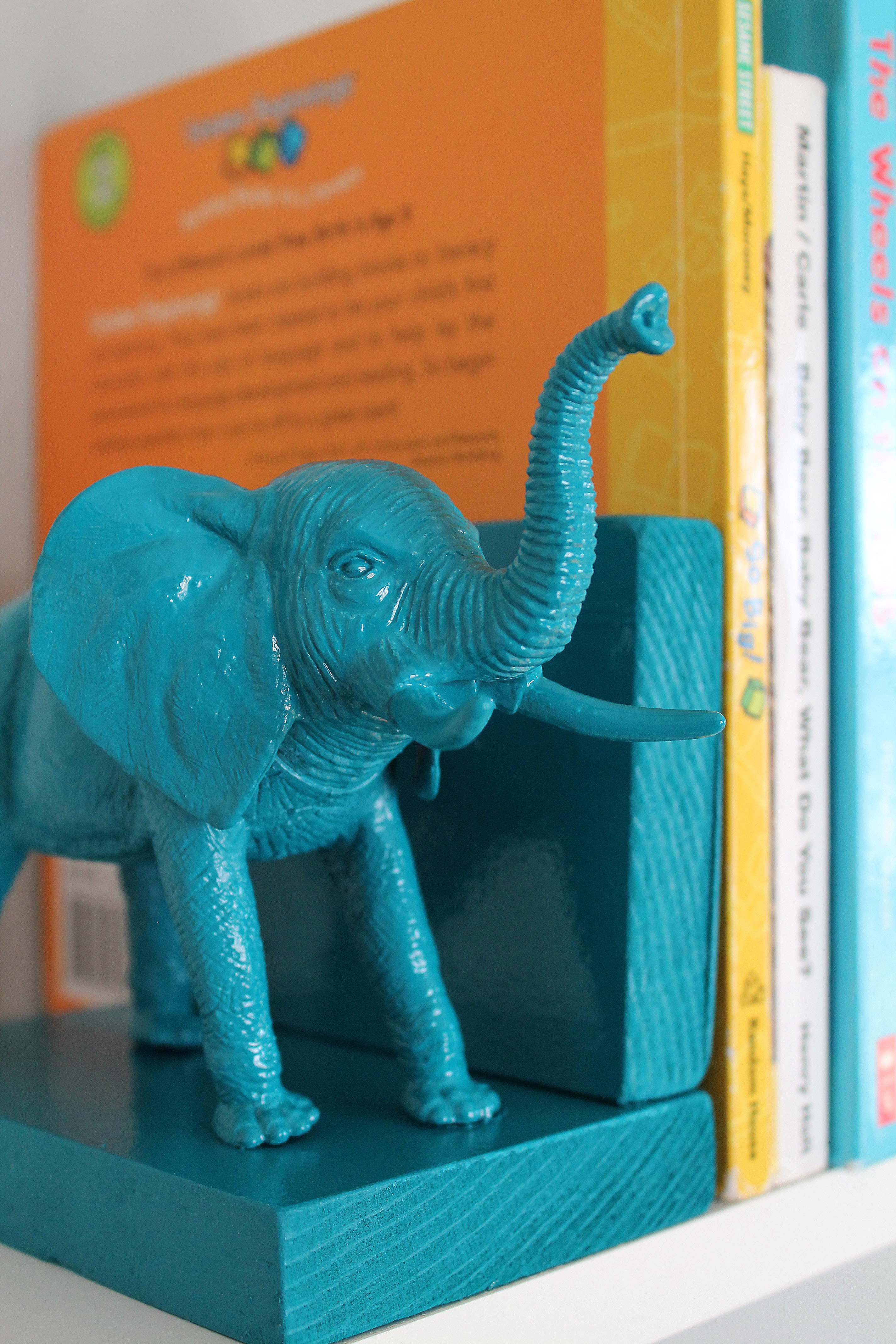 Plastic Elephant Book Ends