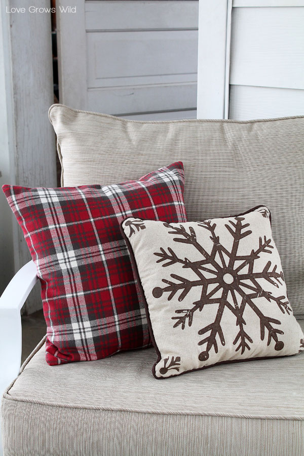 Change pillows into these red flannel and snowflake pillow covers to make your home cozy all winter long!