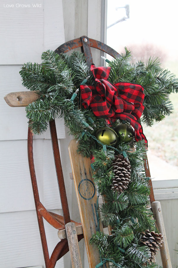 Rustic Holiday Porch Decor - Love Grows Wild
