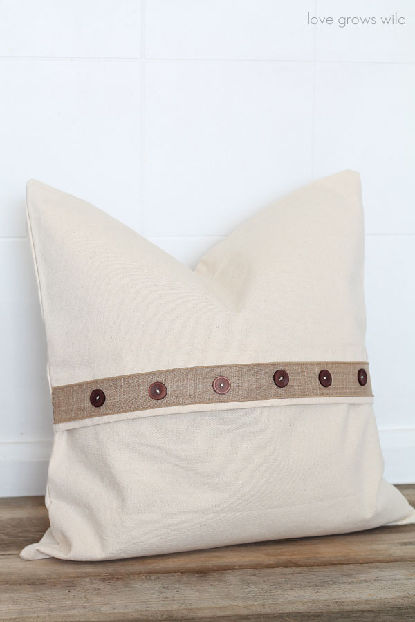 5 Easy Pillow Designs that anyone can do! - Love Grows Wild