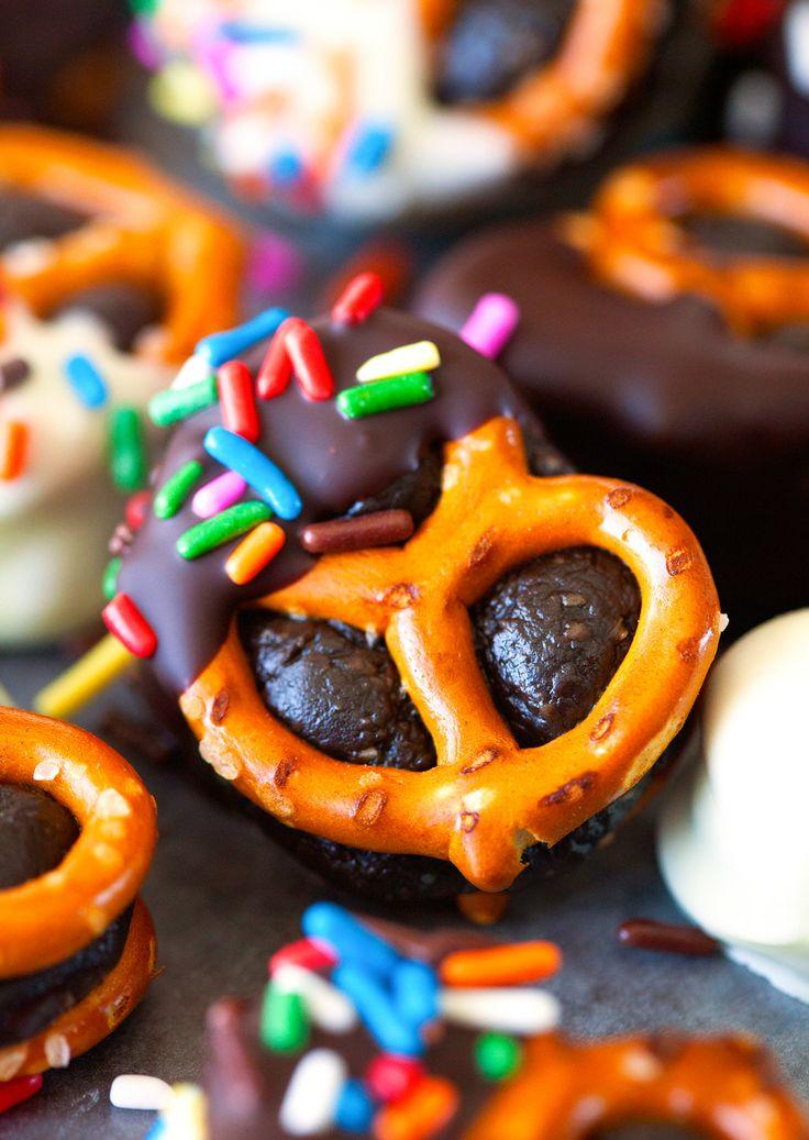 Skinny Brownie Batter Pretzel Bites