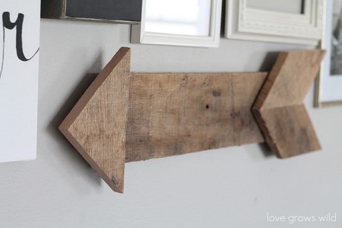 New DIY Wood Pallet Arrow - Love Grows Wild BK67