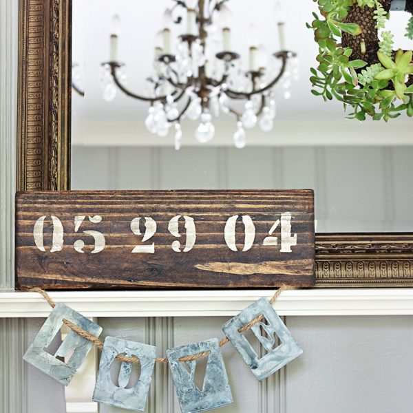 DIY Anniversary Sign - an easy DIY gift idea for weddings, anniversaries, birthdays, and more! | LoveGrowsWild.com