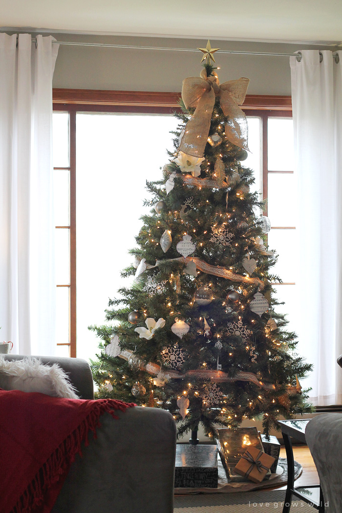 christmas 2014 home tour at lovegrowswildcom take a peek inside this beautiful holiday