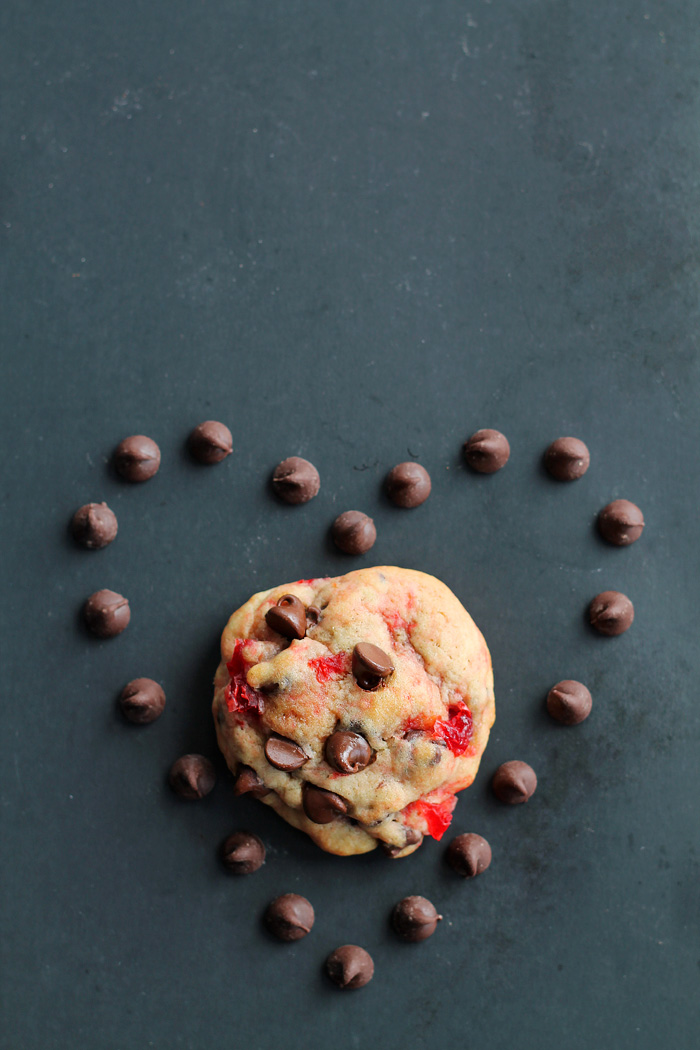 The perfect recipe for big, chewy chocolate chip cookies filled with sweet bites of maraschino cherries and plenty of chocolate. Tastes just like a chocolate-covered cherry in cookie form! | LoveGrowsWild.com