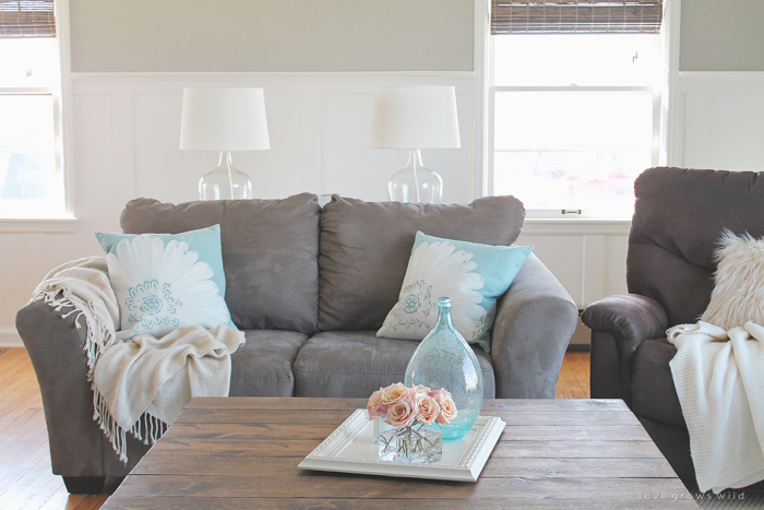 Easy ways to add a touch of spring color to your home - see photos at LoveGrowsWild.com