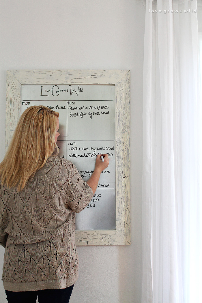 Diy framed dry erase board love grows wild get organized with this diy framed dry erase board its simple to make and magnetic solutioingenieria Image collections