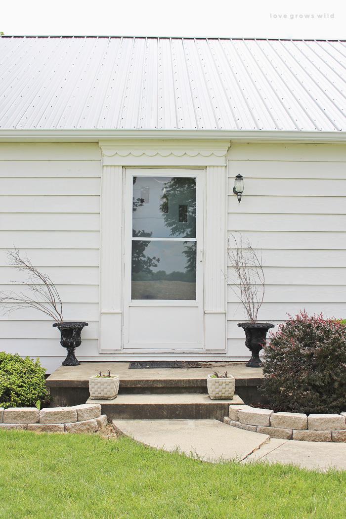 Front Porch Makeover   LoveGrowsWild.com