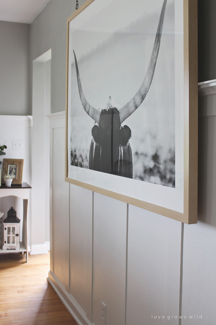 Instead Of A Gallery Wall Try Large Piece Art That Makes