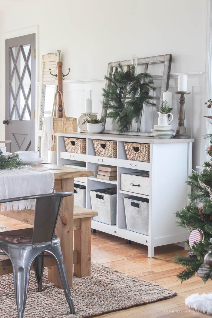 Take a tour of Liz Fourez's Indiana farmhouse all dressed up for the holidays! See more photos at LoveGrowsWild.com