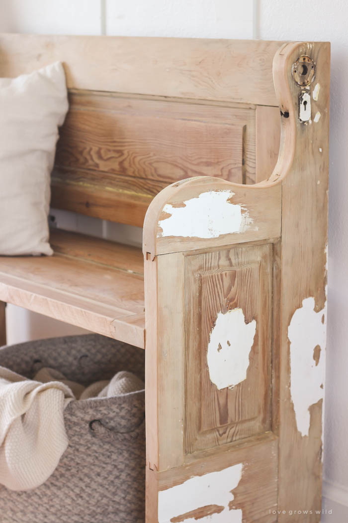 See how an old wood door transforms into a gorgeous rustic bench! Get the & Old Door New Bench - Love Grows Wild