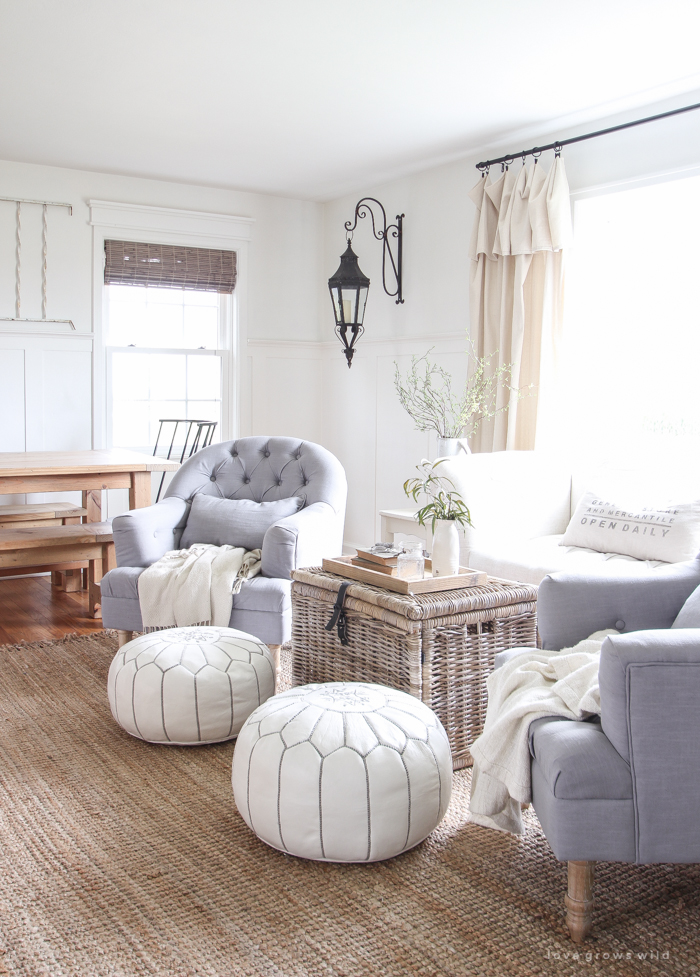 Check out this beautifully decorated farmhouse-style living and dining room!