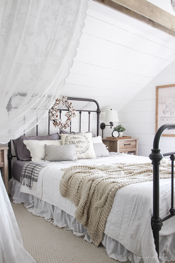 Fall Bedroom + Fall Into Home Tour - Love Grows Wild on Beautiful Teenage Bedrooms  id=76491