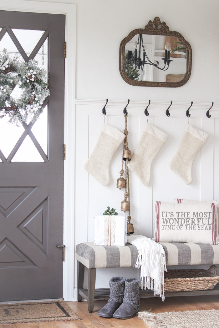 Farmhouse Christmas Entryway Love Grows Wild