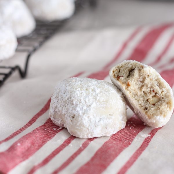 These Snowball Cookies are melt-in-your-mouth delicious and so easy to make!