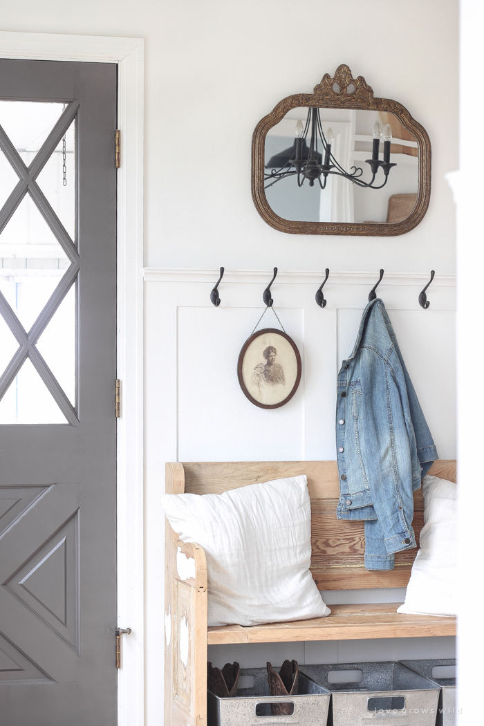 A cozy farmhouse entryway with the perfect balance of function, storage and style.