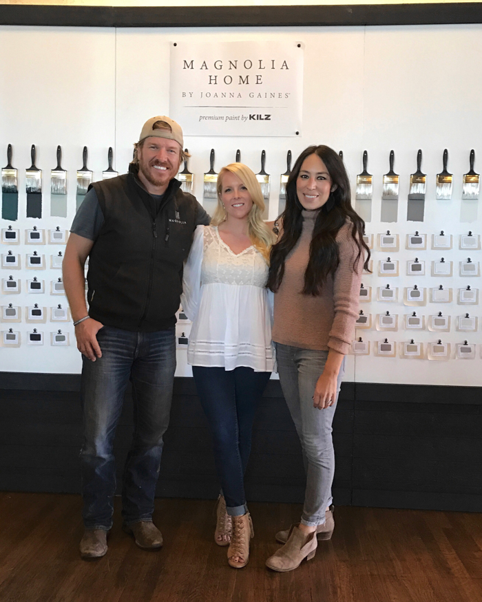 Follow along as I travel to Waco, Texas to meet Chip and Joanna Gaines and learn about the Magnolia Home paint line with KILZ!