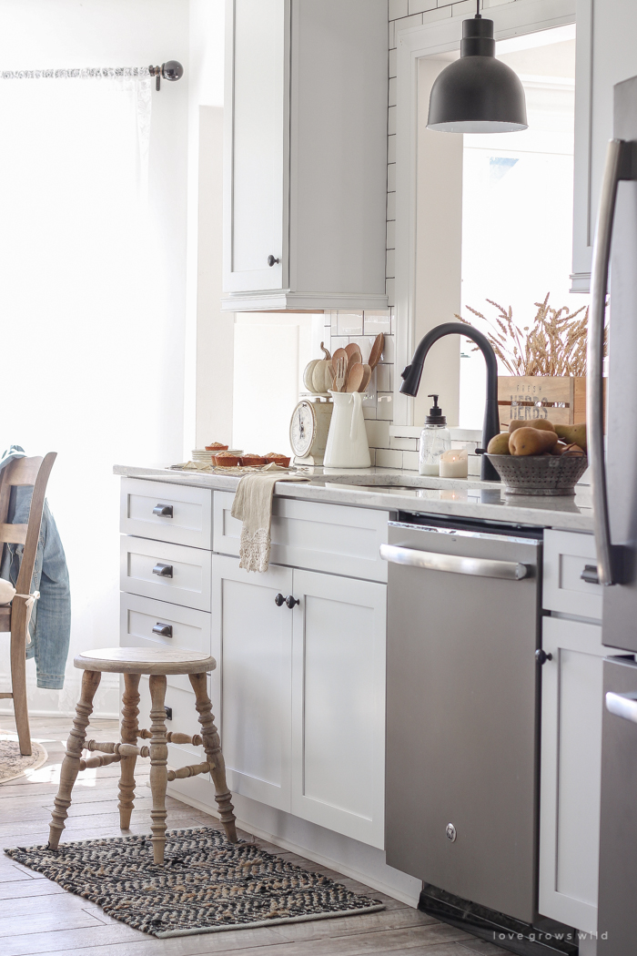 A beautiful farmhouse kitchen decorated with simple, cozy touches of fall!
