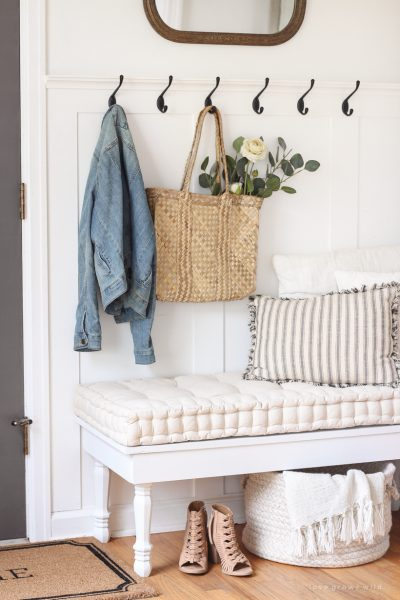 DIY Bench for our Entryway
