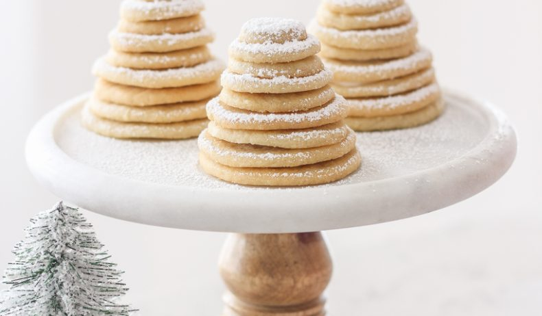 Follow this fun, easy tutorial from Indiana home + lifestyle blogger Liz Fourez to make the cutest little Sugar Cookie Christmas Trees! So easy to make and a perfect holiday activity for kids!