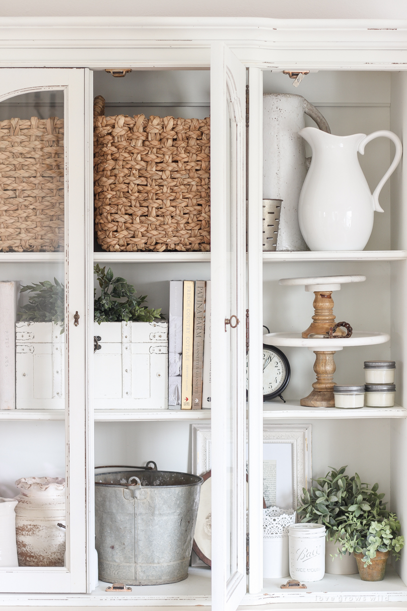 Home And Lifestyle Blogger Liz Fourez Shares The Best Way To Organize And Store  Home Decor ...