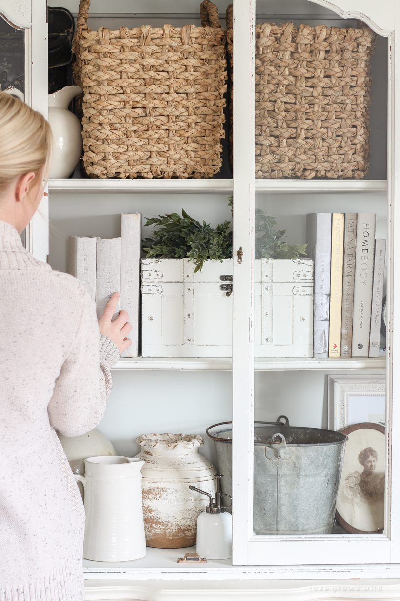 Home And Lifestyle Blogger Liz Fourez Shares The Best Way To Organize Decor