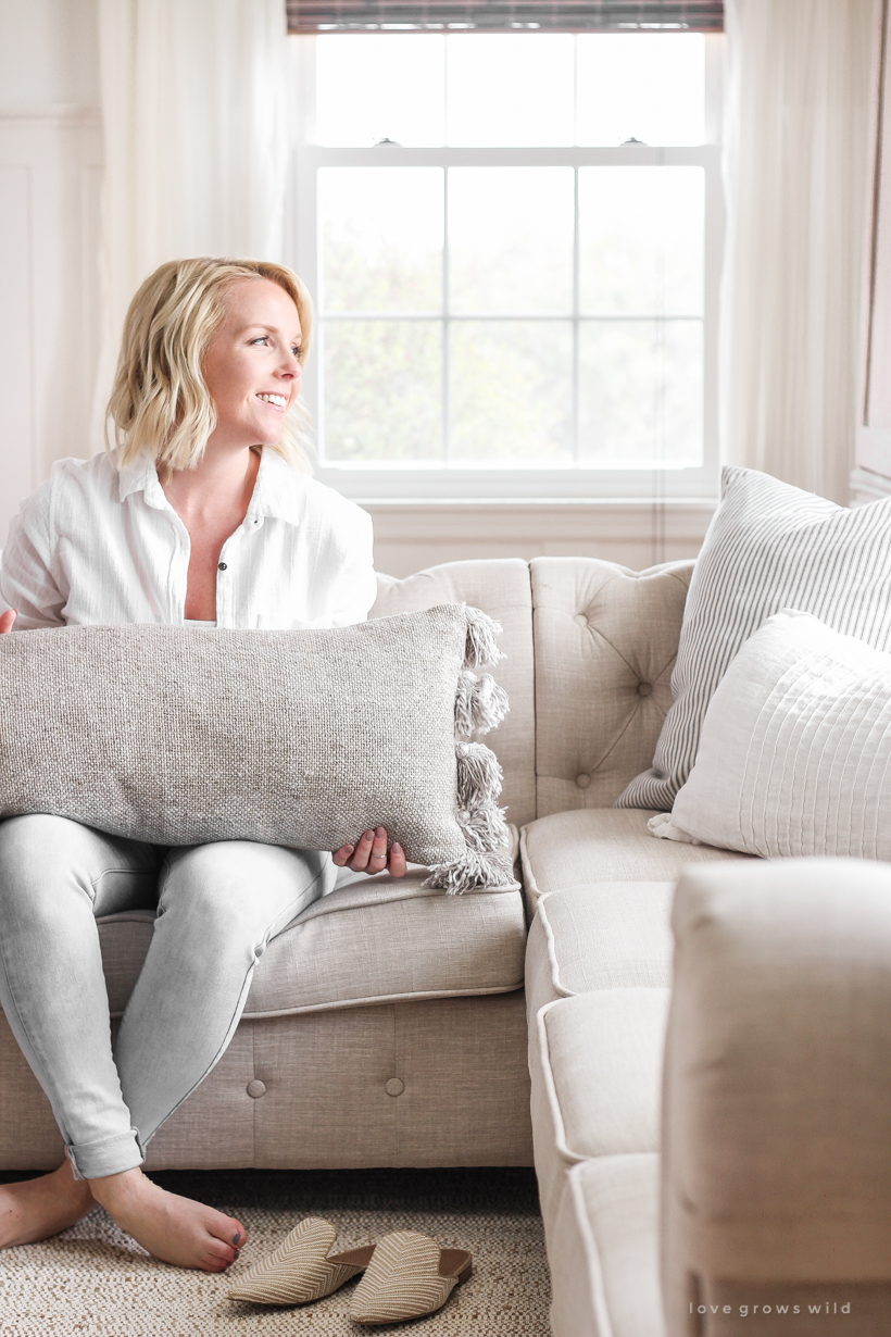 Home and lifestyle blogger Liz Fourez shares over 60 options for stylish lumbar pillows, one of her favorite decorating essentials. Come shop her picks and find out how she uses them!