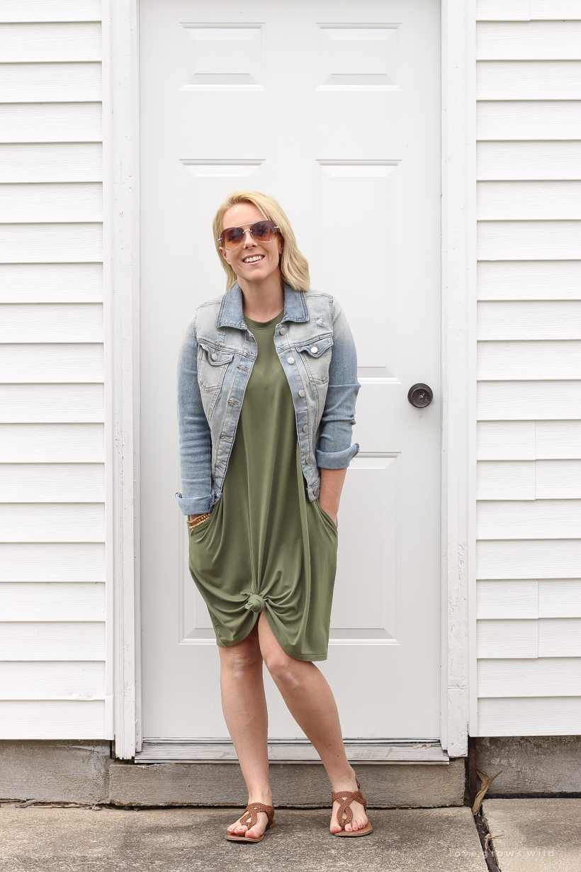 2c8b2dc72986f Home and lifestyle blogger Liz Fourez shares easy, basic clothing pieces for  days when you