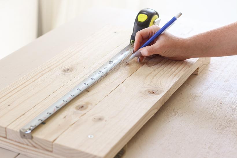 Tall Outdoor Cedar Planter DIY Building Tutorial
