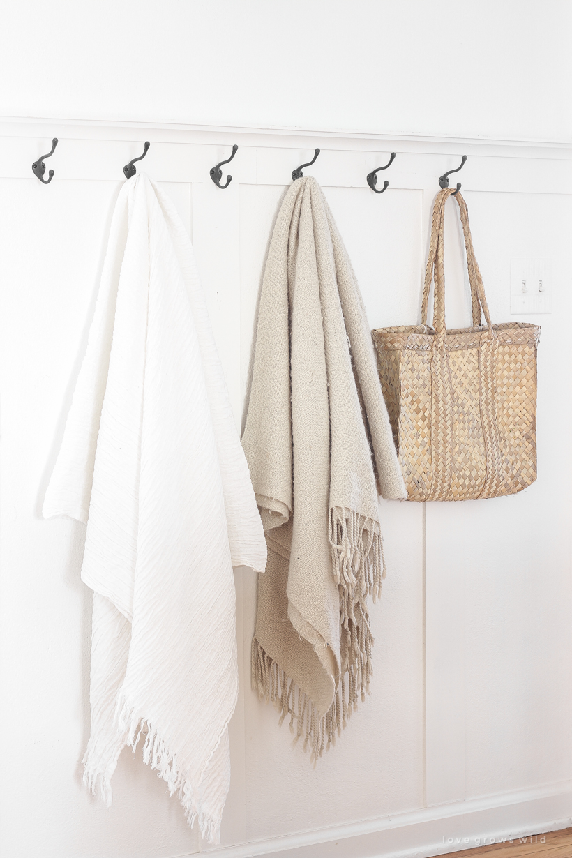 Creative ideas for storing and displaying your favorite cozy throw blankets
