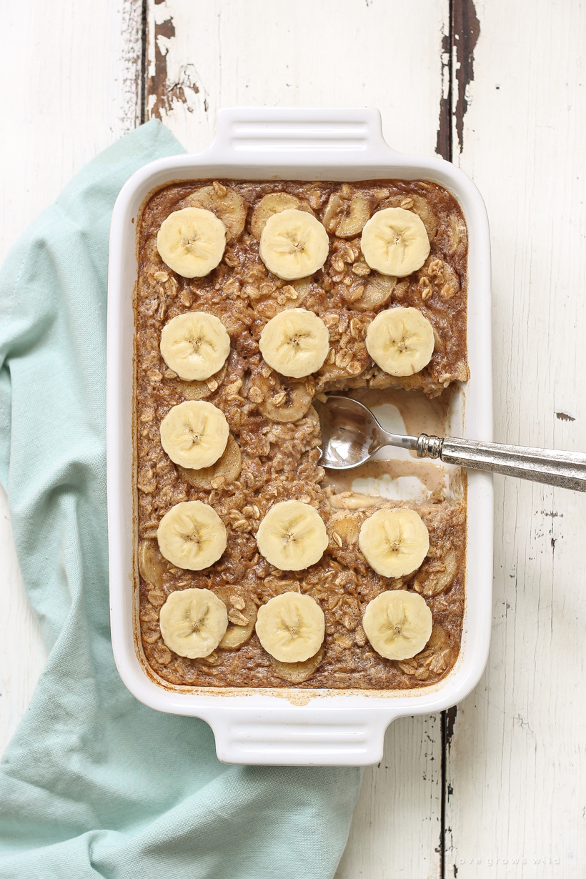 This Peanut Butter Banana Baked Oatmeal is a great healthy breakfast idea that is both easy to make and very filling! Perfect to prep ahead and reheat on busy mornings! Get the recipe at LoveGrowsWild.com