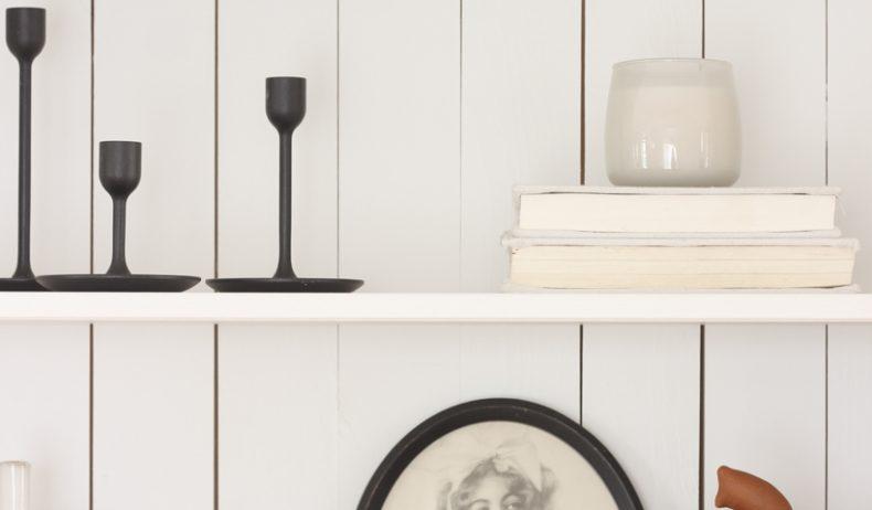 Home blogger and interior decorator Liz Fourez gives ideas for decorating your shelves for fall