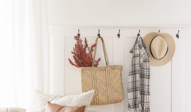Home blogger and interior decorator Liz Fourez shares warm, subtle touches of fall in her living room