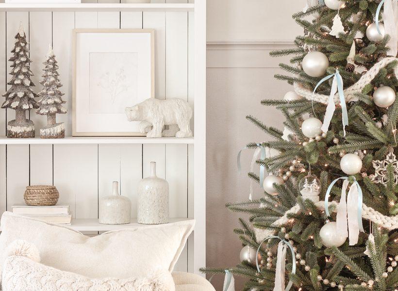 Interior decorator and home blogger Liz Fourez shares her beautiful Christmas tree and living room